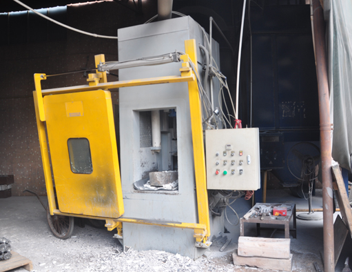 Investment Casting Removing Sand